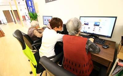 パソコン教室の画像